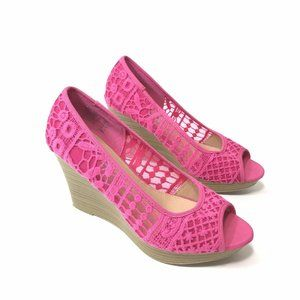 American Eagle Wedge Size 9 Pink Lace Peep Toe